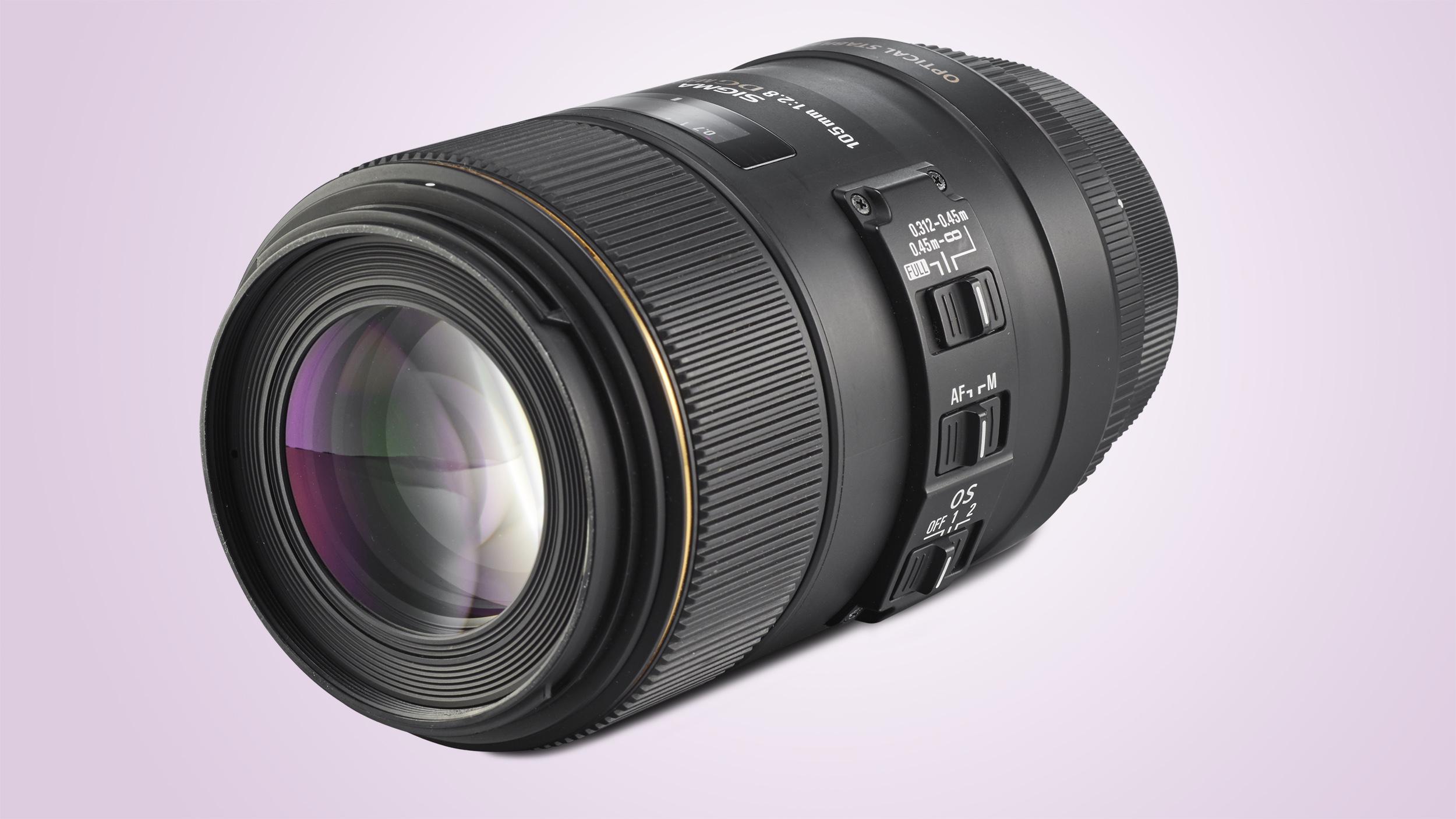 Sigma 105mm f/2.8 EX DG OS HSM Macro