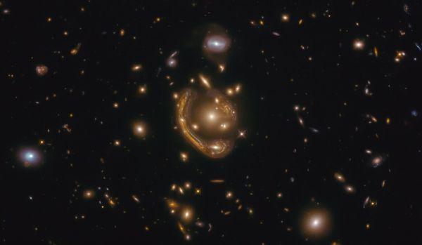 Scientists pinpoint age of molten 'Einstein ring'