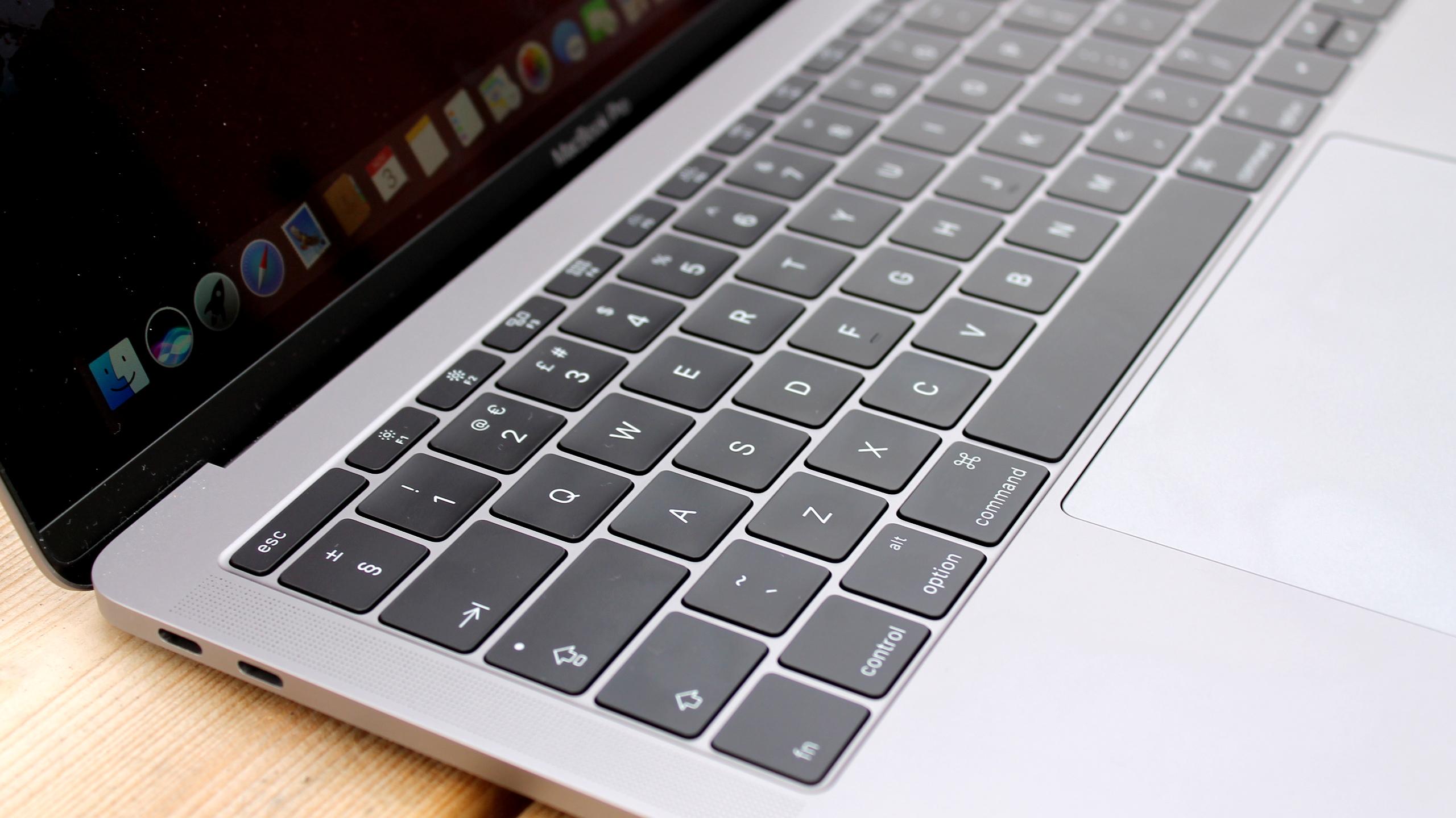 MacBook Pro AMP