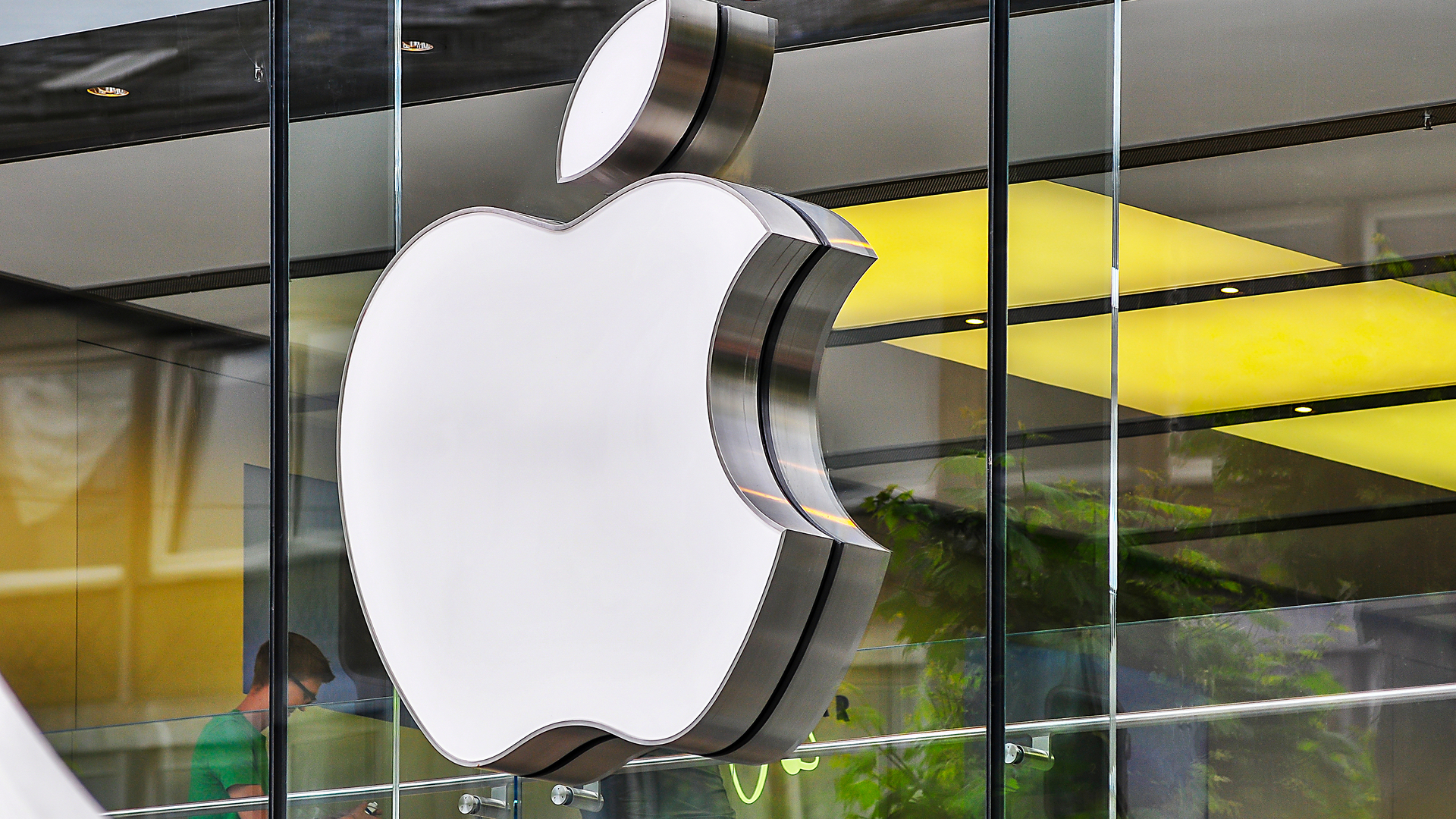 Apple opens up its bug bounty program to all