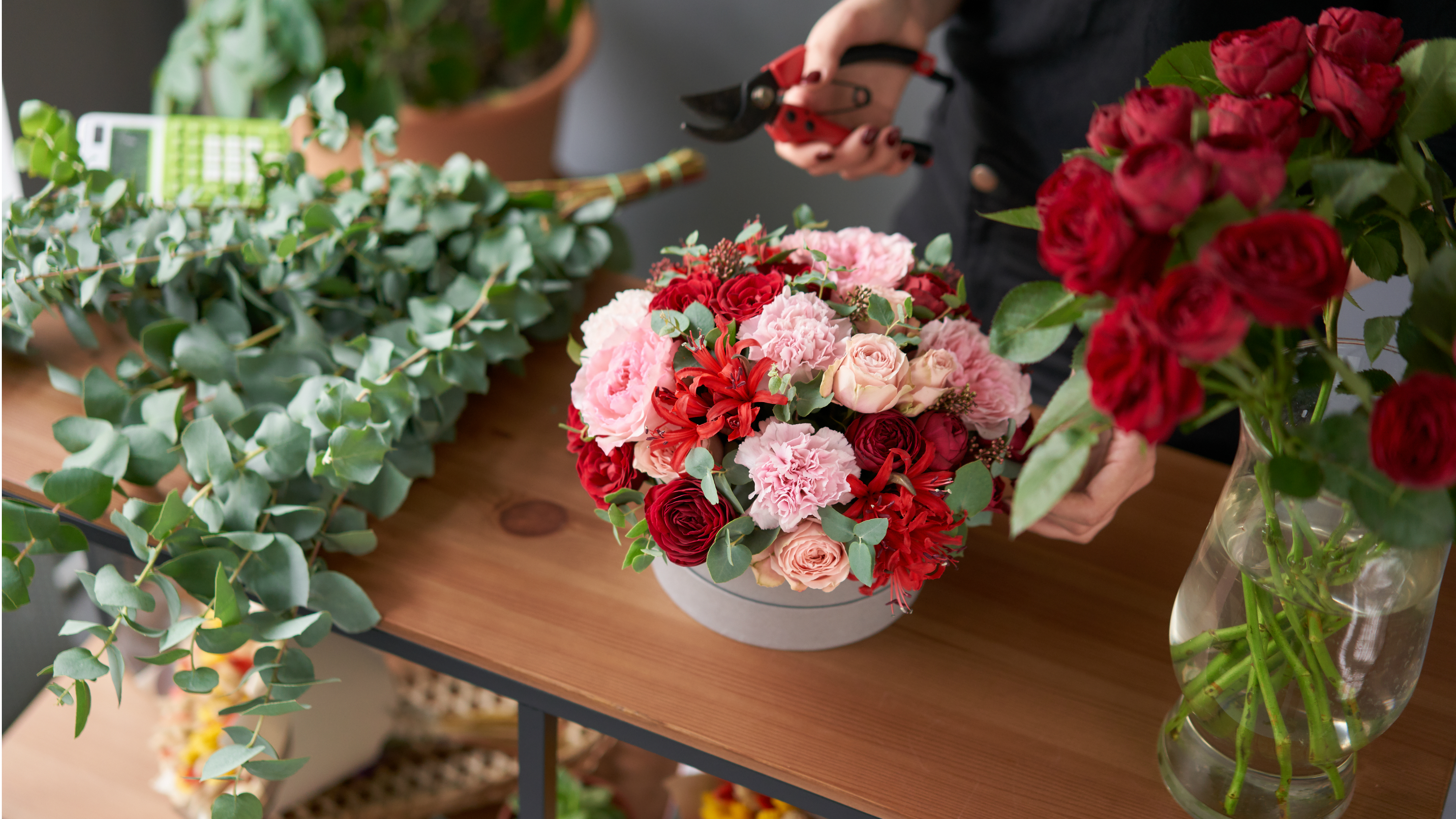 Image result for Arrange Flowers With The Best Types Of Bouquet