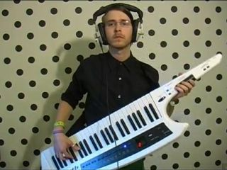 Brett Domino: keytar hero.