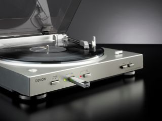 Denon's vinyl to MP3 turntable brings records to the digital age