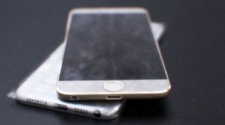 Purported iPhone 6 casing shows slimmer rounded design and a little extra glow