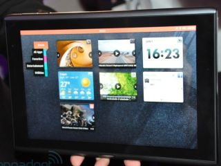 Acer's 10-inch MeeGo tablet, coming later this year