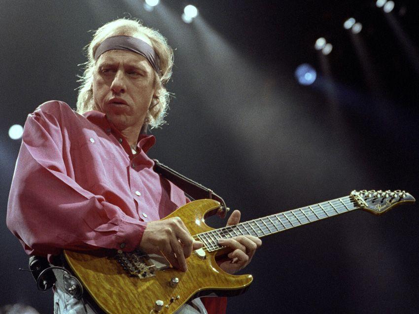 Classic Guitar Interview Mark Knopfler August 1995
