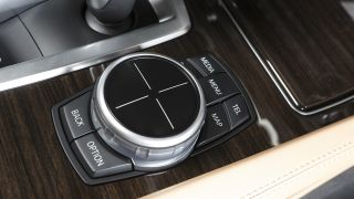 BMW iDrive Touch