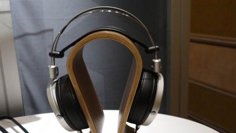 Pioneer SE-Master1 headphones
