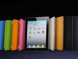 Apple iPad 2 gets on the case
