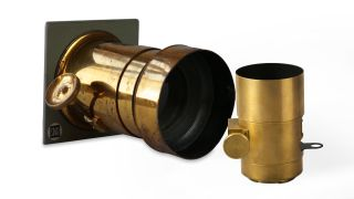 1840 Petzval lens reborn for the digital age