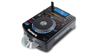 Numark's NDX500 can play music from both CD and USB flash drive.