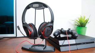 Creative SB Inferno headset courts desktop, mobile and PS4 gamers