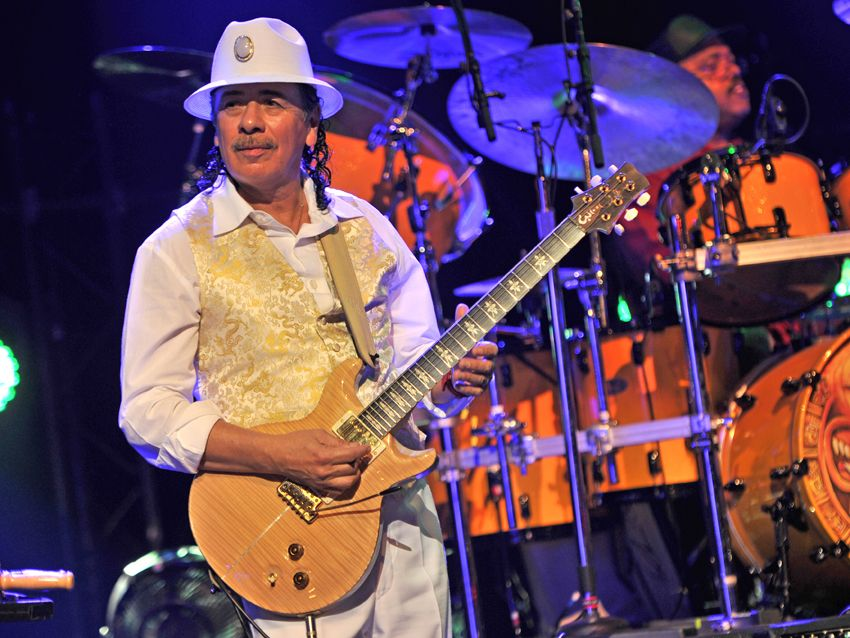 interview carlos santana on guitar tone ac dc and his new blu ray dvd musicradar. Black Bedroom Furniture Sets. Home Design Ideas