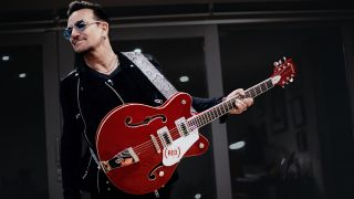 Bono with the (RED) Gretsch