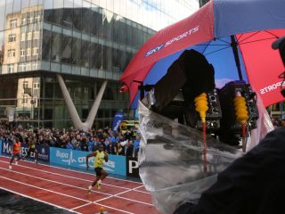 Sky filming Usain Bolt in 3D