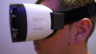 Samsung Gear Vr Headset Will Give You Note 4 Powered Virtual Reality