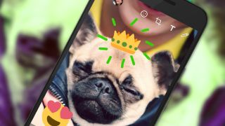 WhatsApp now lets you draw on your photos, just like Snapchat