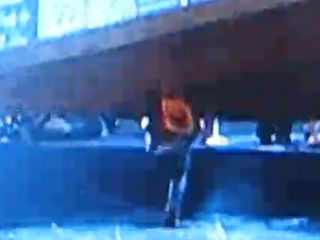 Bret Michaels unskinny bopped at Tonys!