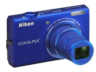 Nikon Coolpix S6200 and S8200 super zooms outed