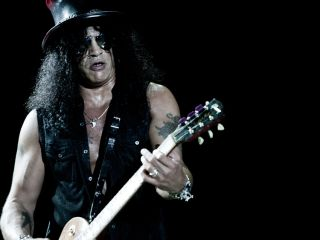 "Slash ""can't wait"" to release his new solo disc"