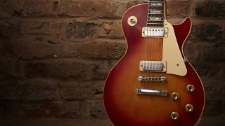 The mini-humbuckers alienated many Gibson purists at the time of the Deluxe's release