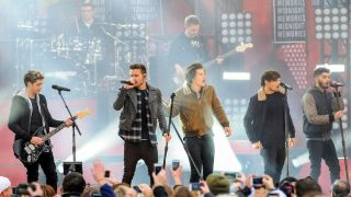 One Direction live in Central Park