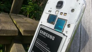 Samsung Galaxy S4 storage capacity specs under fire