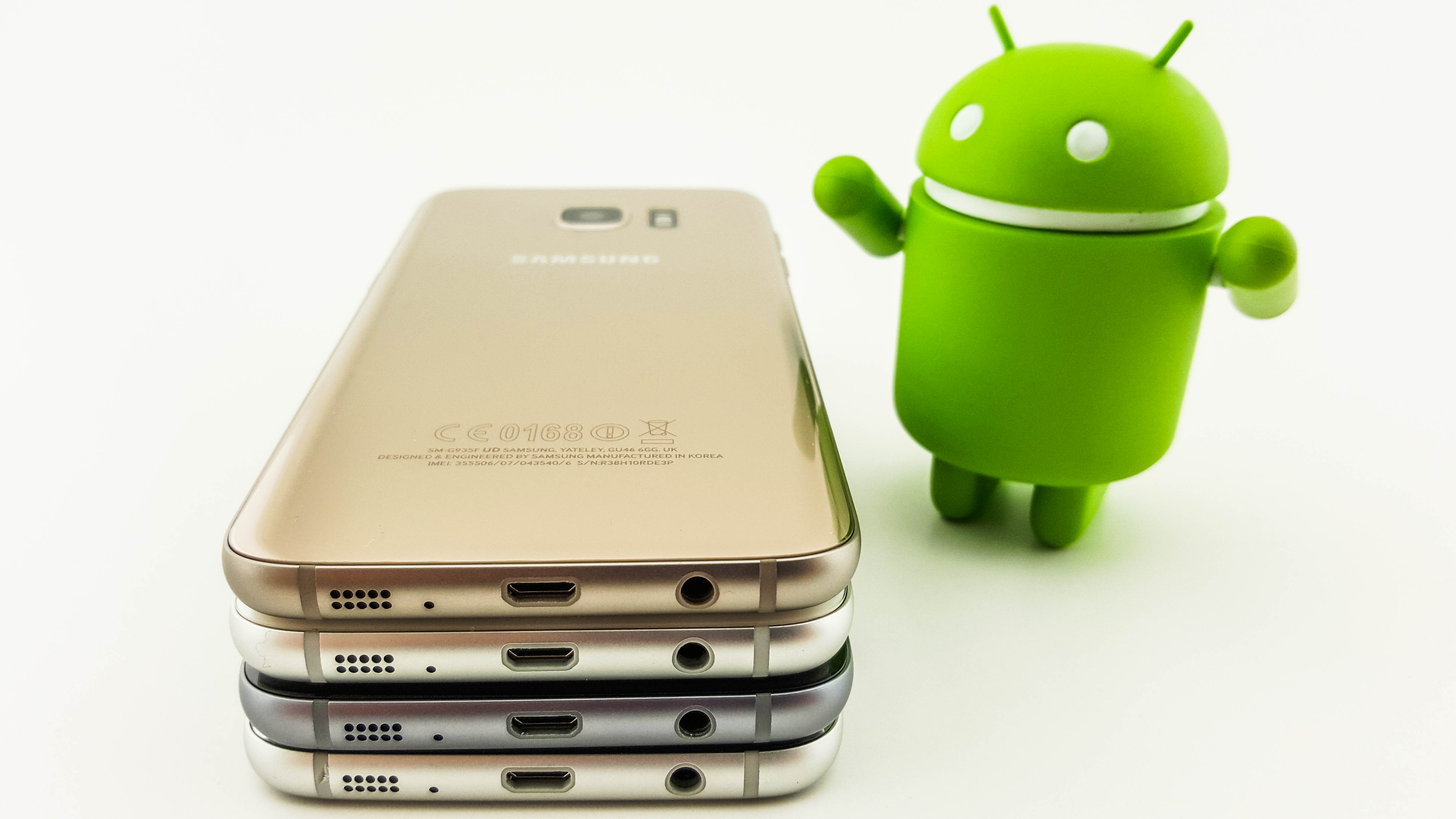 3 Reasons The Samsung Galaxy S7 Doesnt Have A Usb C Port Techradar Flashdisk Atau Flashdrive Otg Type Original