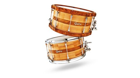 In-Tense snares are made from English ash with a centre band of Ovangkol and are 6mm thick in the centre