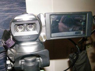Sony HDR-TD20 v Toshiba Camileo Z100