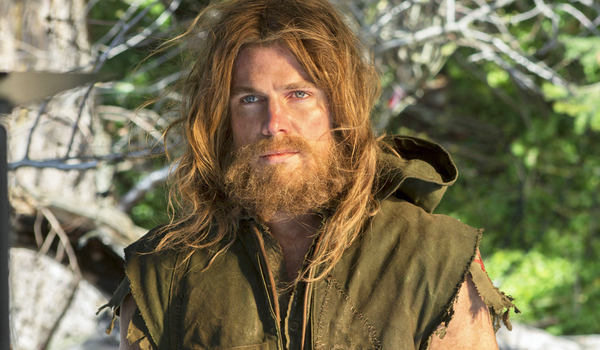 arrow oliver pilot beard