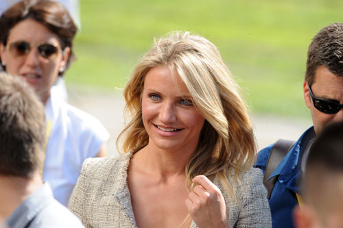Cameron Diaz arrives at stage 18 in Bordeaux, Andy Jones at the Tour de France 2010