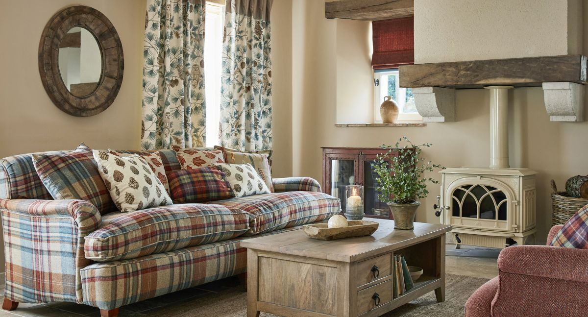 Cottage living rooms: 11 rustic decorating ideas | Real Homes