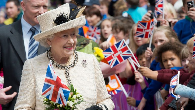 Queen greeting the Bank Holiday crowds