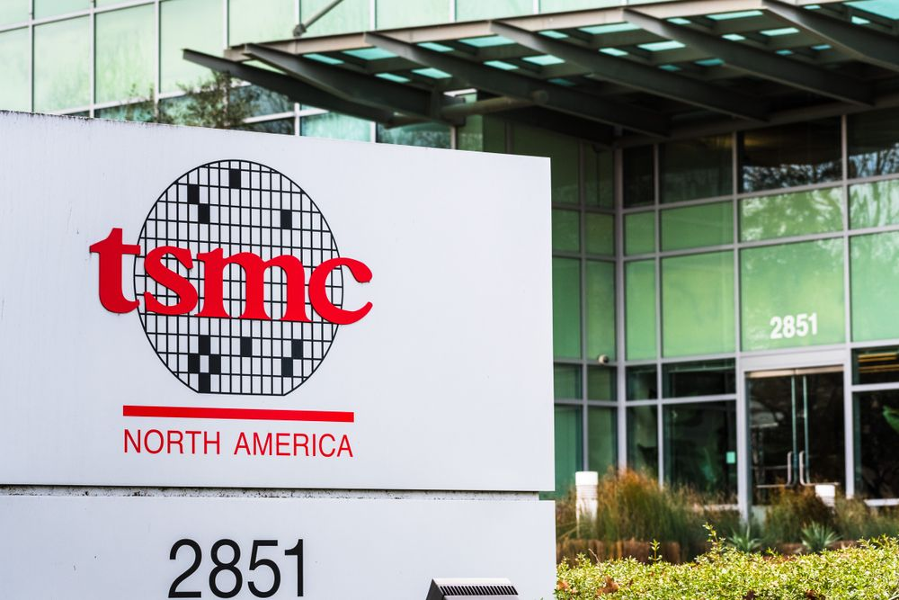 Report: TSMC, Foxconn Among Potential Arm Buyers