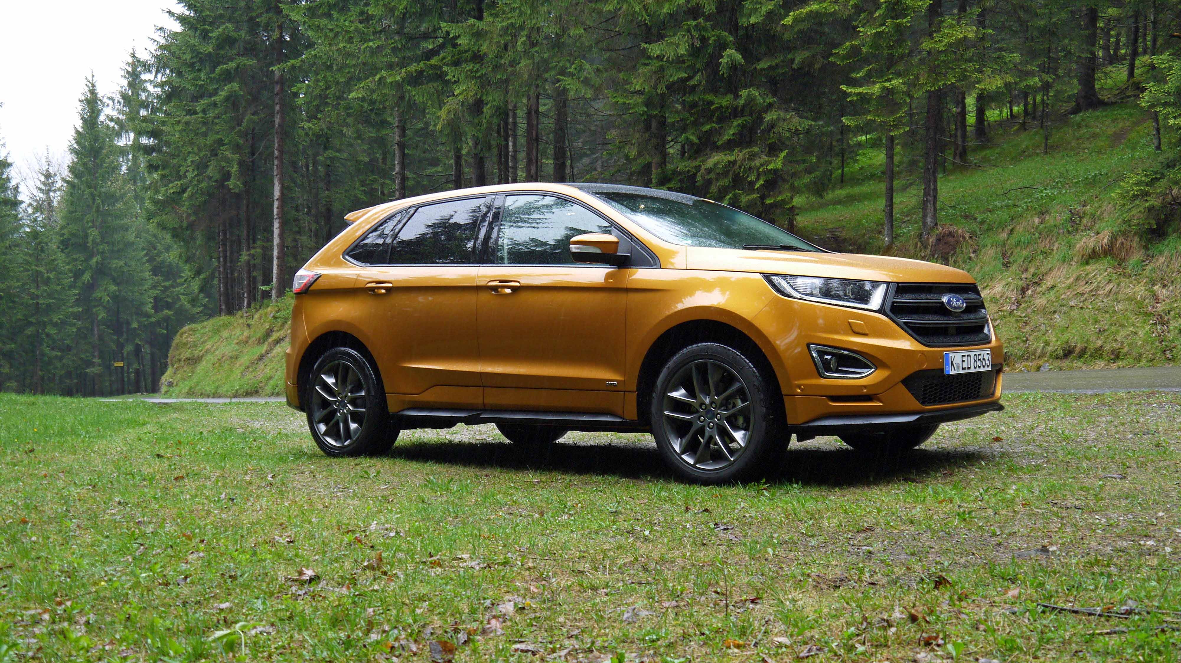 The  Ford Edge Is A Spacious Comfortable Family Suv Without The Premium Price Techradar