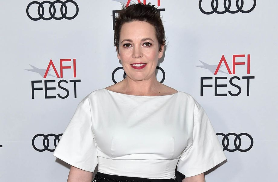 olivia colman defends prince harry meghan markle