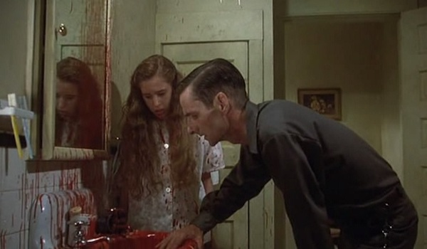 bev's bathroom in IT miniseries