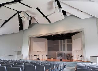 Lab.gruppen Powers Open Door Church Services