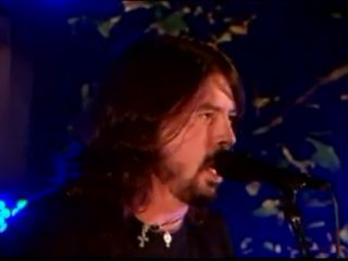 Dave Grohl rocks the White House lawn on the Fourth