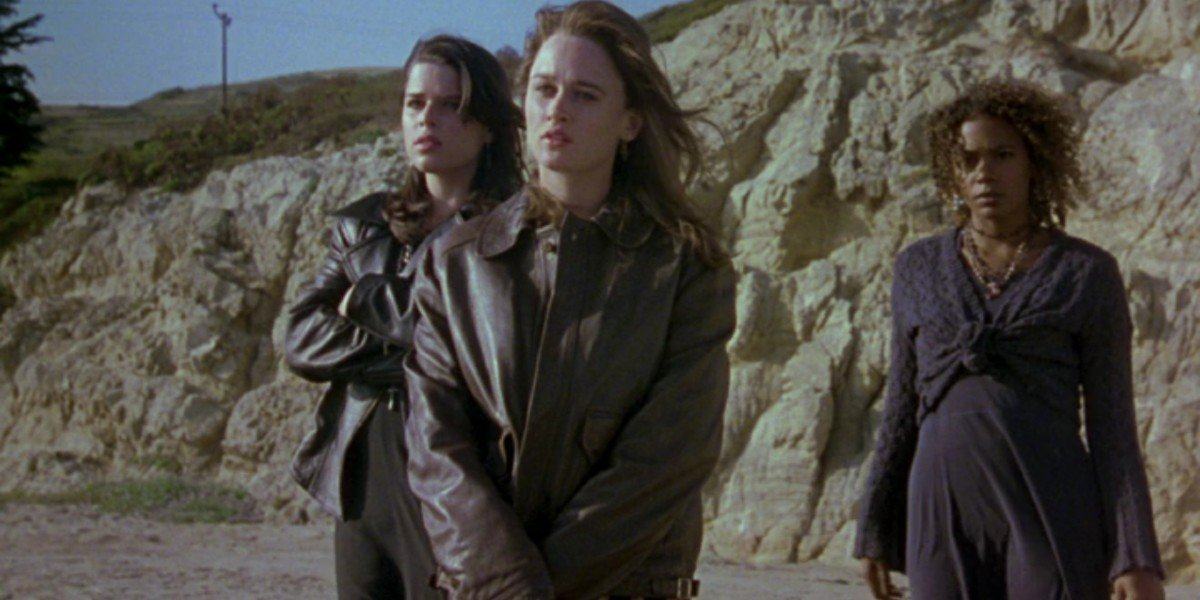Neve Campbell, Rachel True, and Robin Tunney in The Craft