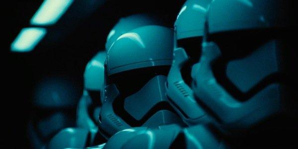 Star Wars Episode VII Le réveil de la force - Page 7 66240770f7c7d003cf35e5db02e0c9829ed05519bed217f8d435a26f5aa19f03