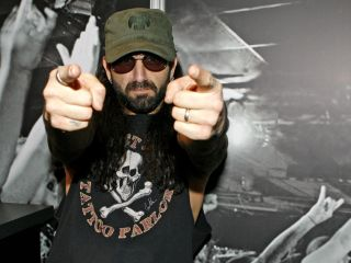 """Proud farmer"" Mike Portnoy"