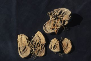 ancient shoes, egyptian shoes, egypt archaeology, egypt temple luxor