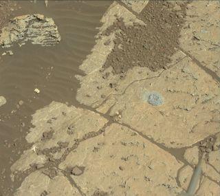 Mars rover Curiosity drilling