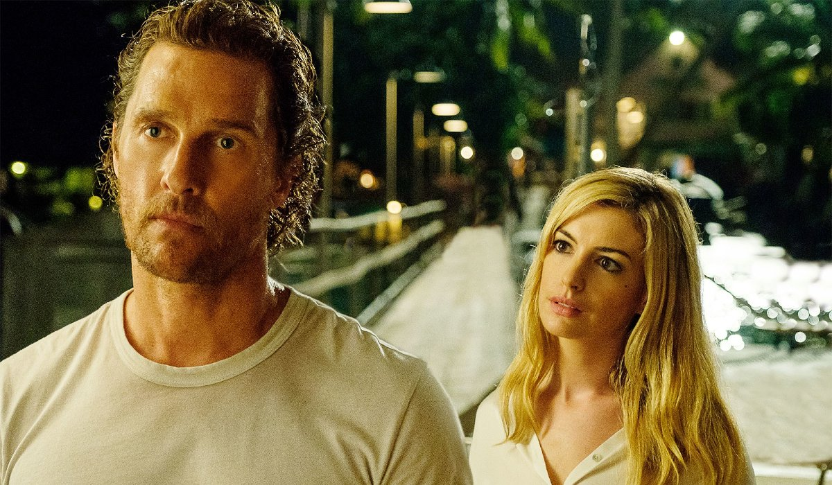 Serenity Matthew McConaughey and Anne Hathaway exchanging dialogue on a pier