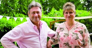 Mild-mannered gardening guru Alan Titchmarsh and his green-fingered gang – Katie Rushworth, Frances Tophill and David Domoney – visit Eastleigh...