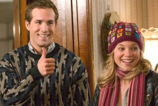 Ryan Reynolds and Amy Smart in 'Just Friends'