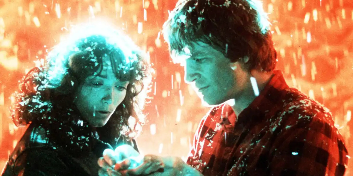 Karen Allen and Jeff Bridges in Starman