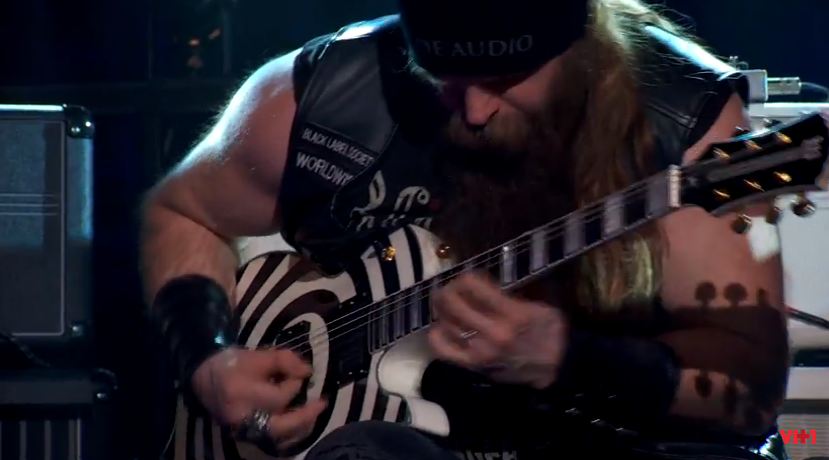 Zakk Wylde Shreds and Discusses Wylde Audio Guitars and Amps on 'That Metal Show' — Video